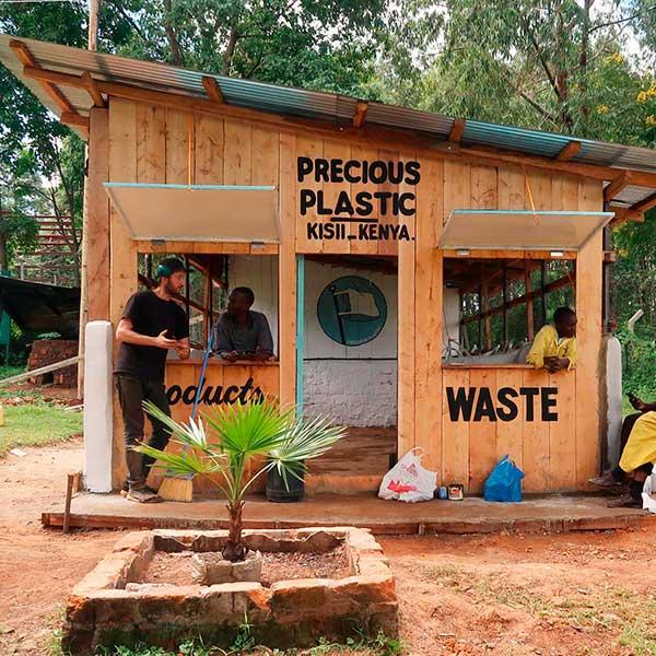 Entorno Reciclaje Precious Plastic