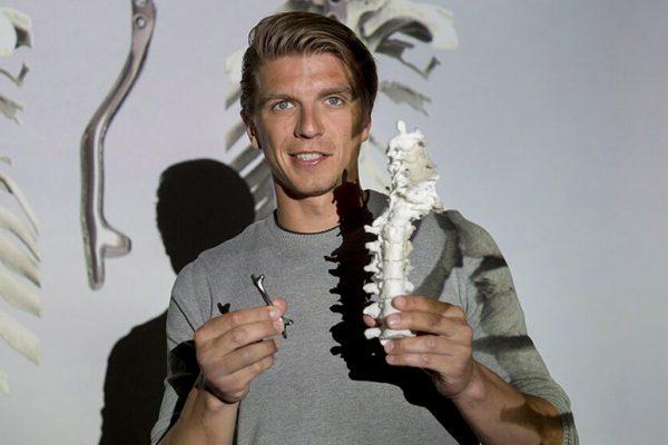 Doctor-Koen-Willemsem-Holanda-Impresion-3D-implante