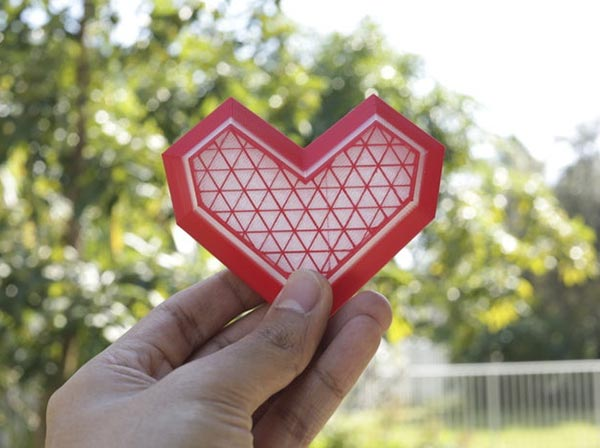 Caja_corazón_Low_Poly_para_San_Valentin