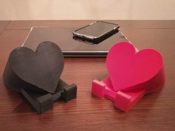 Soporte_para_movil_tablet_corazon_san_valentin